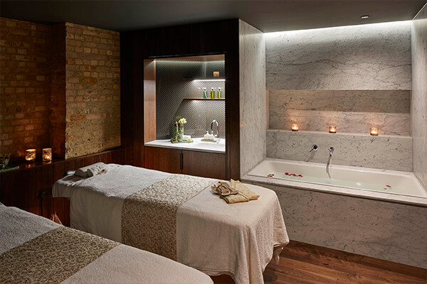 TREATMENT AT UTOPIA SPA
