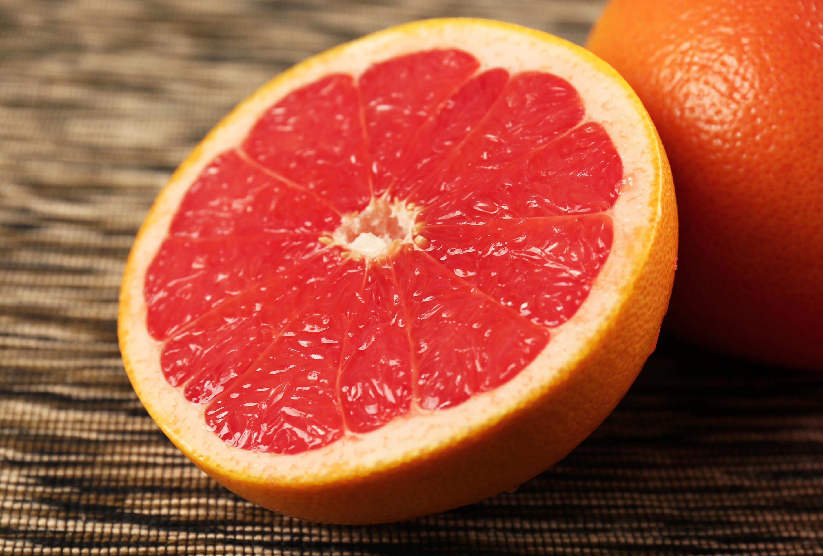 grapefruit peel oil